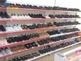 Các mẫu kệ để giày dép giá rẻ cho cửa hàng, siêu thị