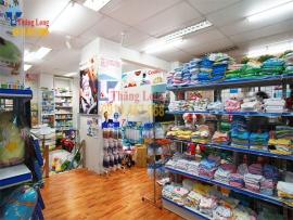 Bán kệ để hàng cho siêu thị mẹ và bé