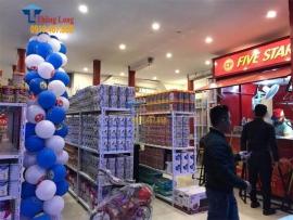 Setup giá kệ cho siêu thị sữa tại chợ Mễ Sở, Văn Giang, Hưng Yên