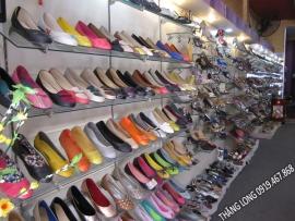 Kệ để giày dép mặt kính - GD02