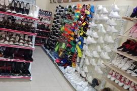 Top 4 mẫu kệ trưng bày giày dép thông minh