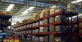 Kệ để hàng tồn kho giải pháp lưu trữ hàng tồn trong kho bãi hiệu quả